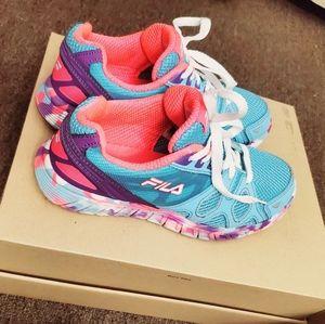 💙 Fila Sneakers.